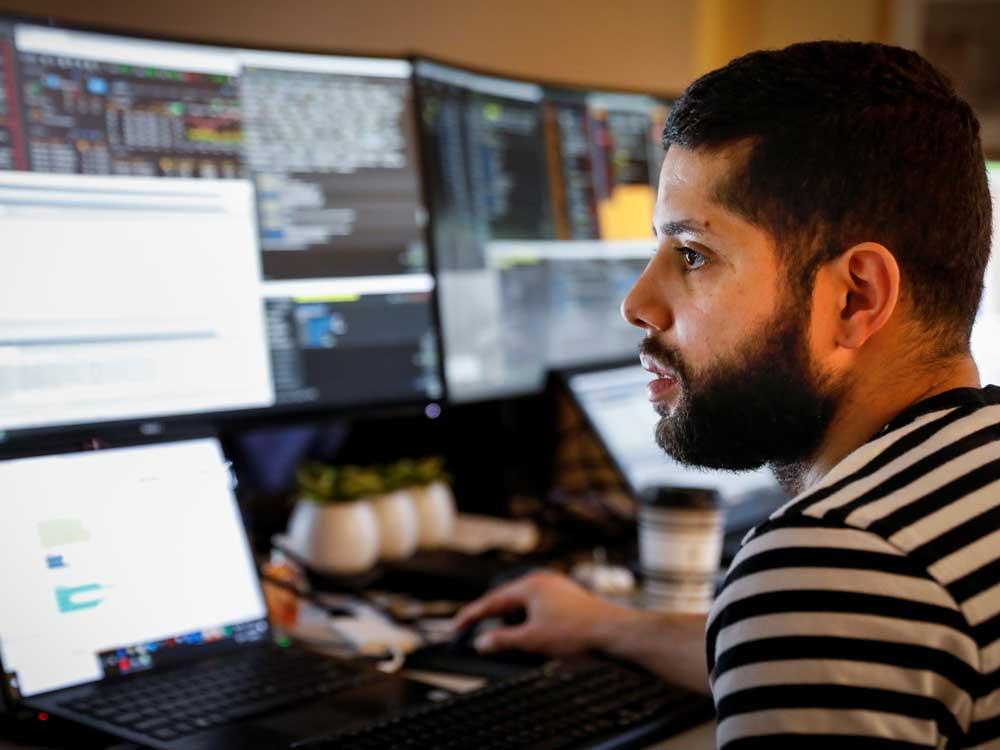 Stocks slip lower after U.S. jobs plunge confirms coronavirus' devastating toll on world's largest economy