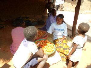 Maman Kichochi Makuu and her children