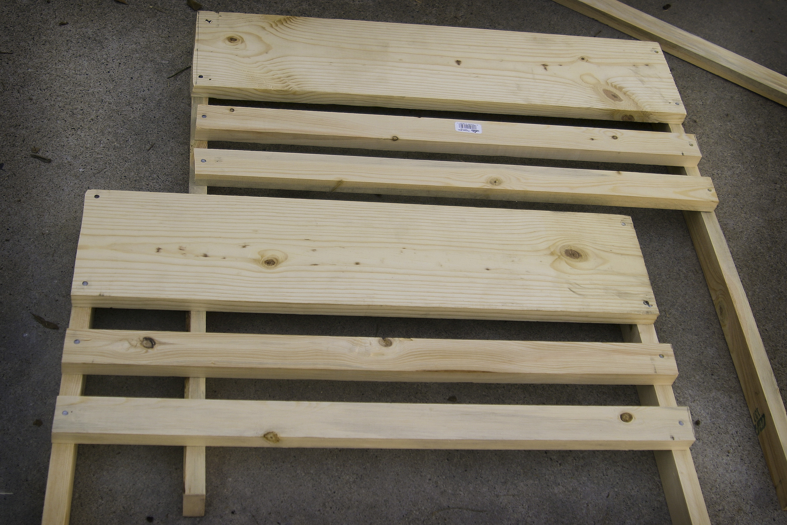 Build a christmas manger food for the hungry food for the hungry step 3 thin slats solutioingenieria Image collections