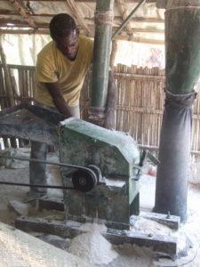 DRC, Miller grinding flour