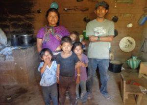 A family in Luminoche.