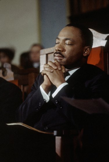 6 Ways To Pray Leading Up To Mlk Jr Day Food For The Hungry