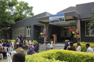 Food for the Hungry opens public library for students in Ethiopia.