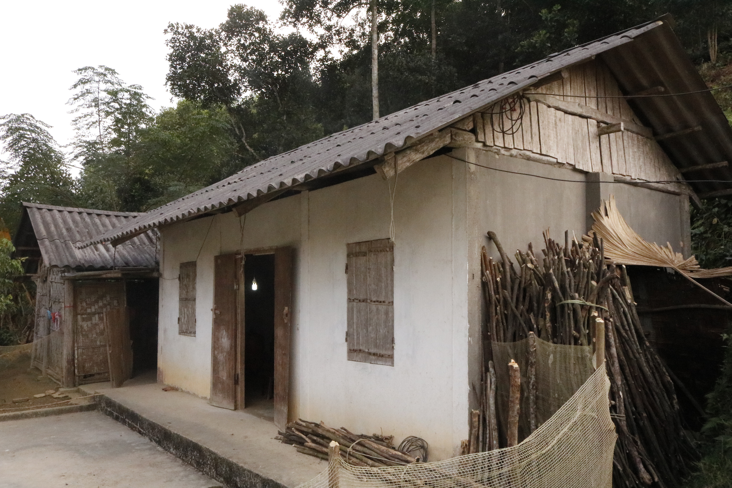 A white, rundown building in Lien Minh, Vietnam where FH is beginning child sponsorship