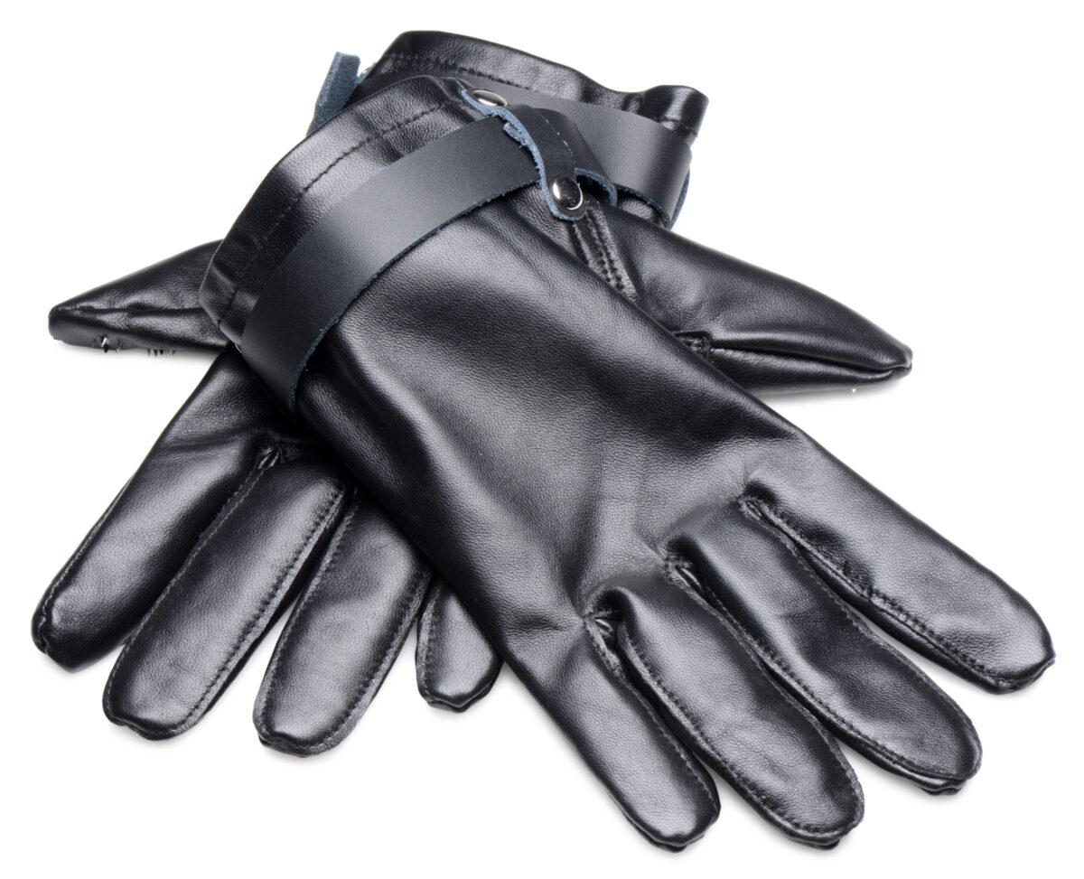 Locking Vampire Gloves - xIjPiRsw ccec45dd scaled