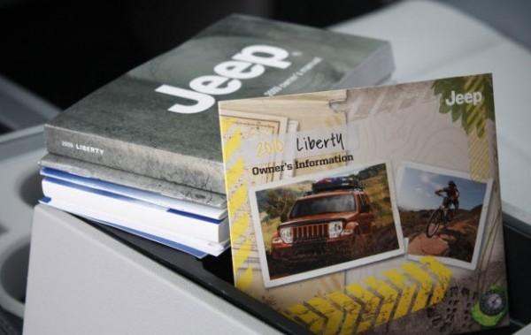 Chrysler's new documentation strategy: short guides + video + DVD