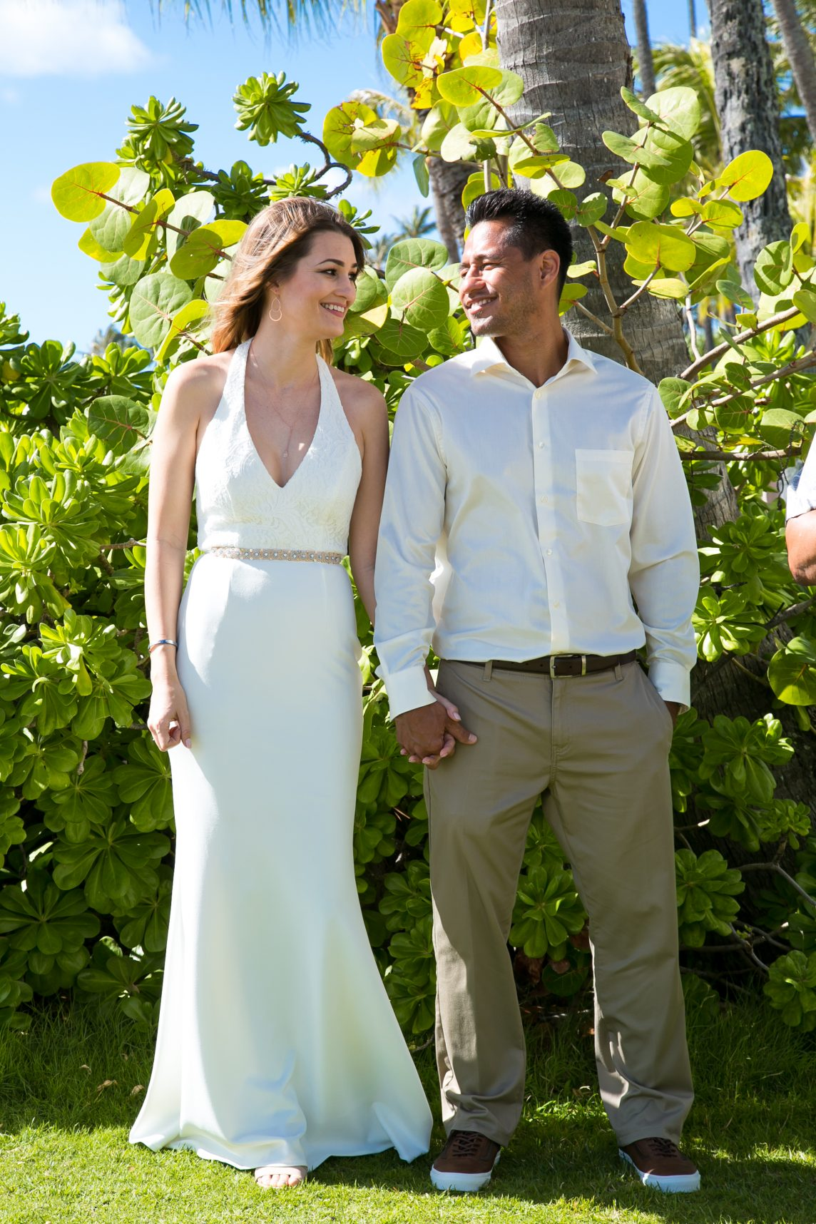 Bride & Groom Beach Wedding Wear