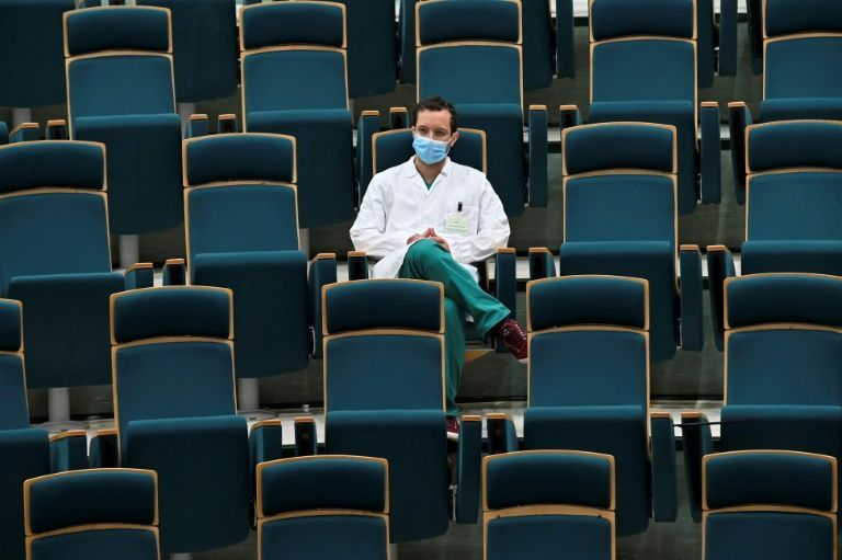 Italians question merits of virus testing