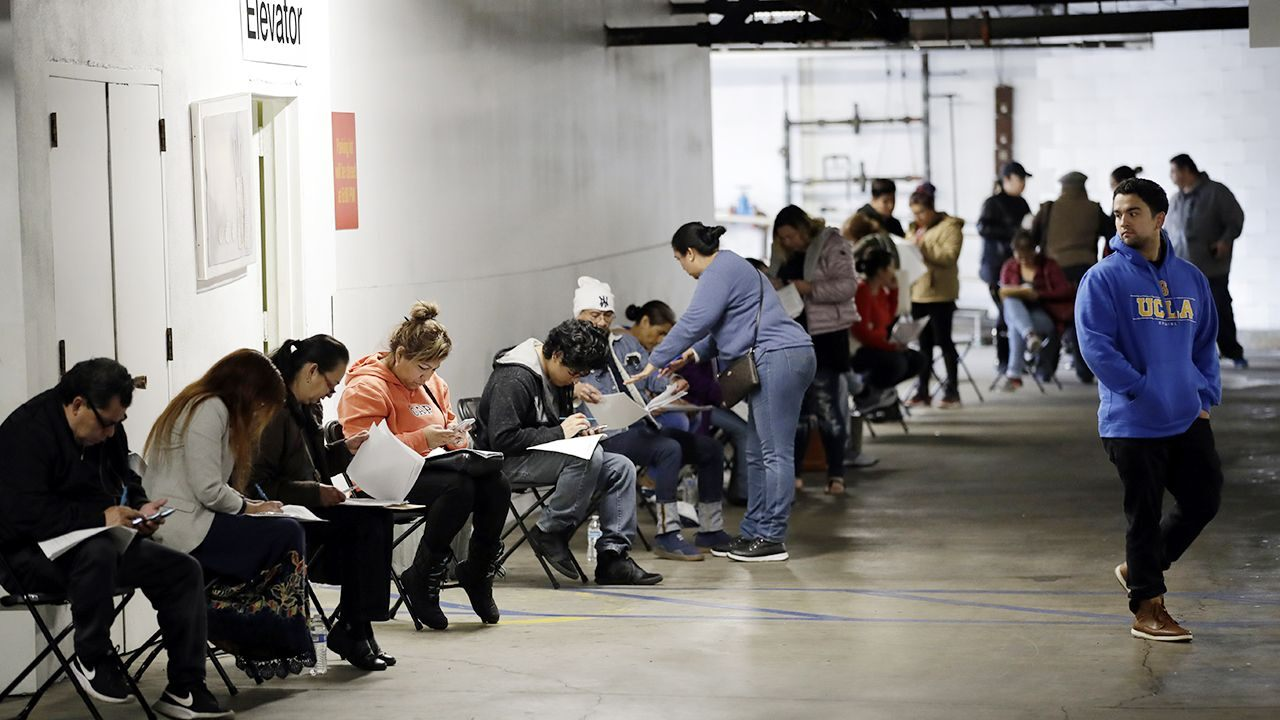 Stock futures rise ahead of the latest jobless claims