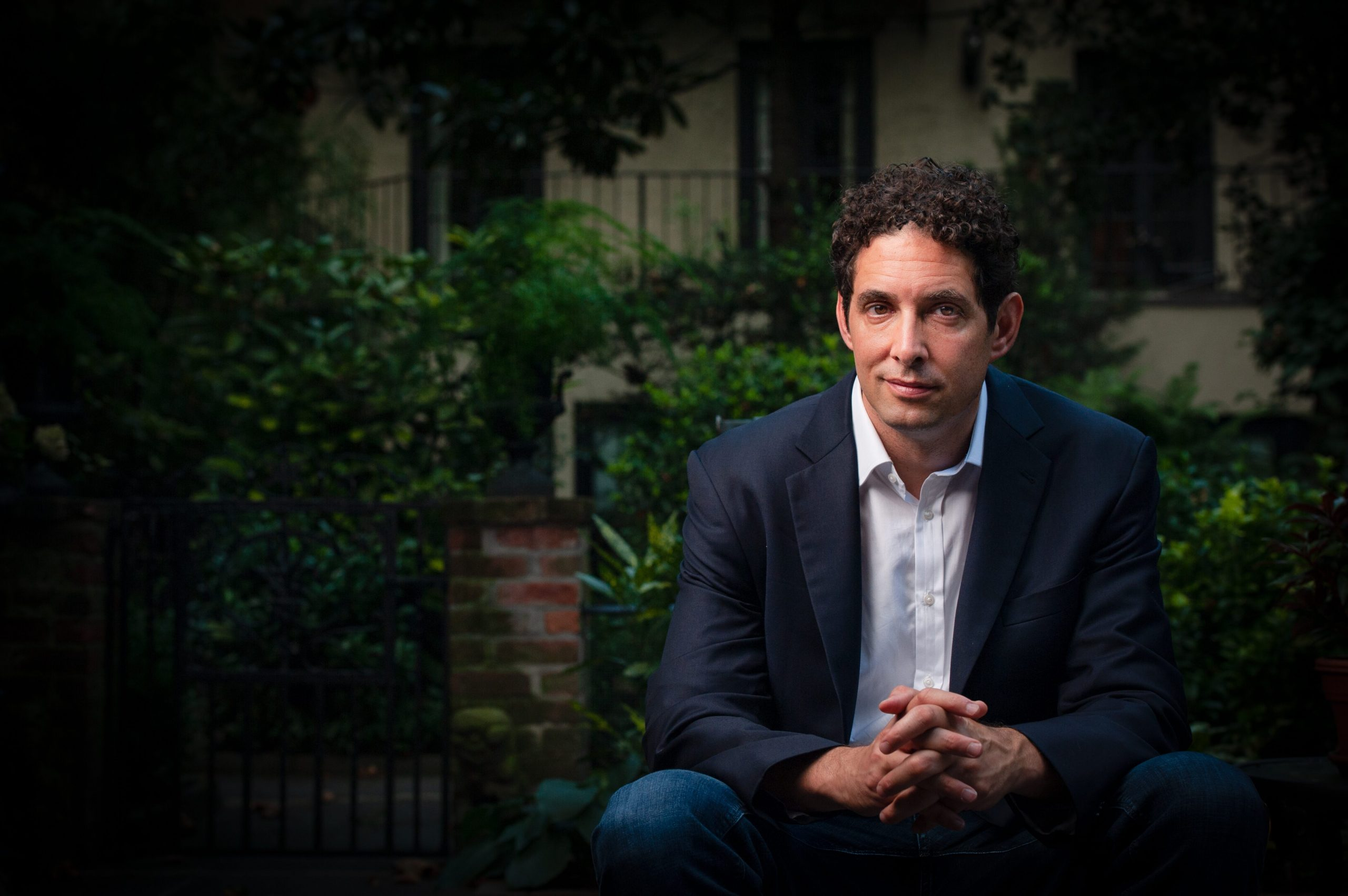 Ex-NYT press reporter Berenson cautions of 'big pivot' from authorities to validate lockdown method