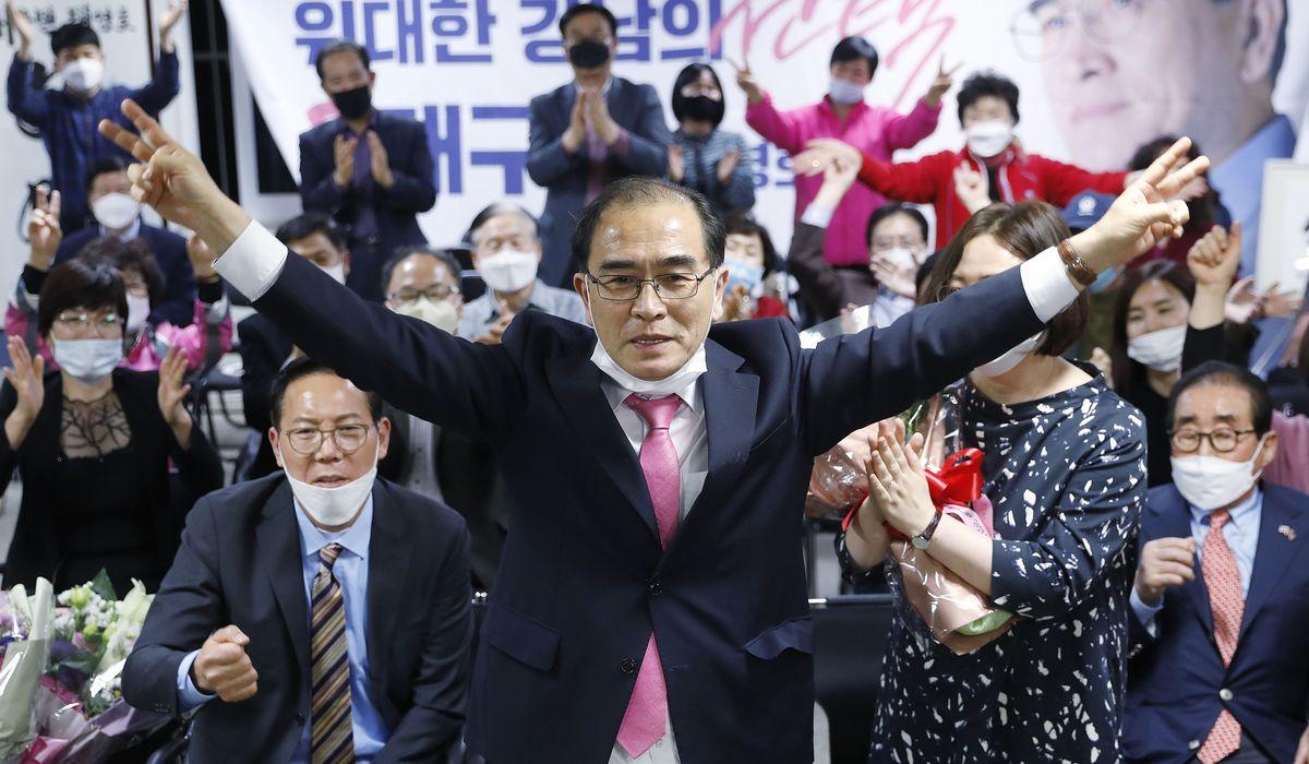 Two North Korean defectors take seats in South Korean parliament