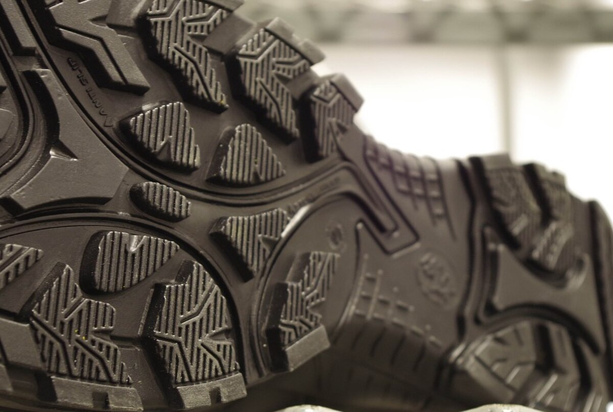 Research study: CDC finds that COVID-19 might take a trip on shoes