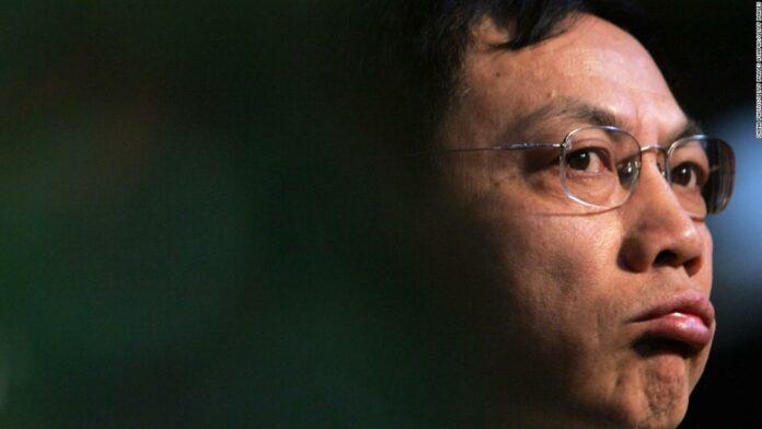 Chinese tycoon who criticized Xi Jinping's handling of coronavirus jailed for 18 years