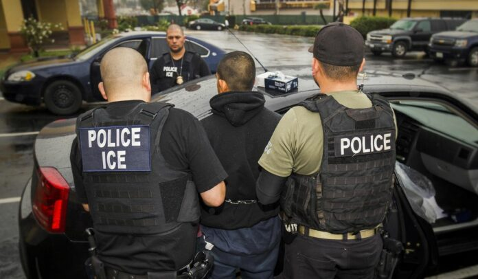 How ICE 'abandoned' cities and forced communities like Los Angeles to embrace sanctuary status