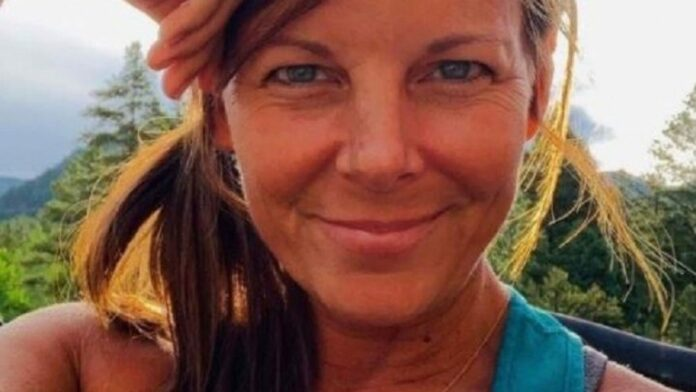 Massive 'boots on the ground' search underway in Colorado for missing mom Suzanne Morphew