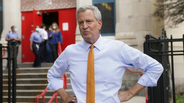 NYC mayor's office, including de Blasio, to be furloughed for a week amid budget crisis