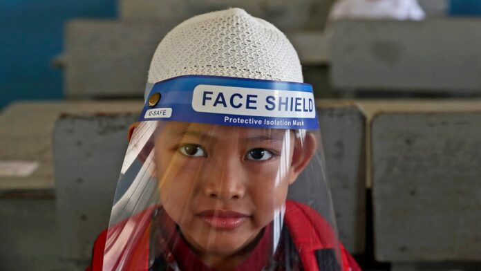 Plastic face shields don't stop coronavirus spread, study claims