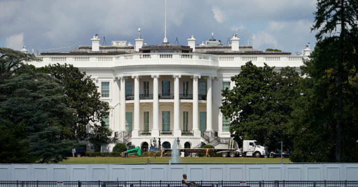 Ricin Is Said to Have Been Sent to White House