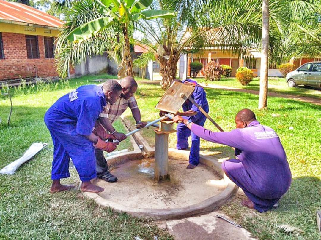 Repairing the pump