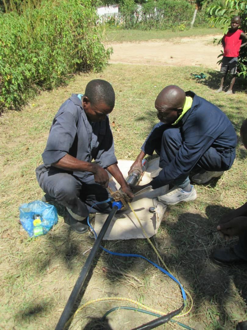 Preparing the pump at Kabunda