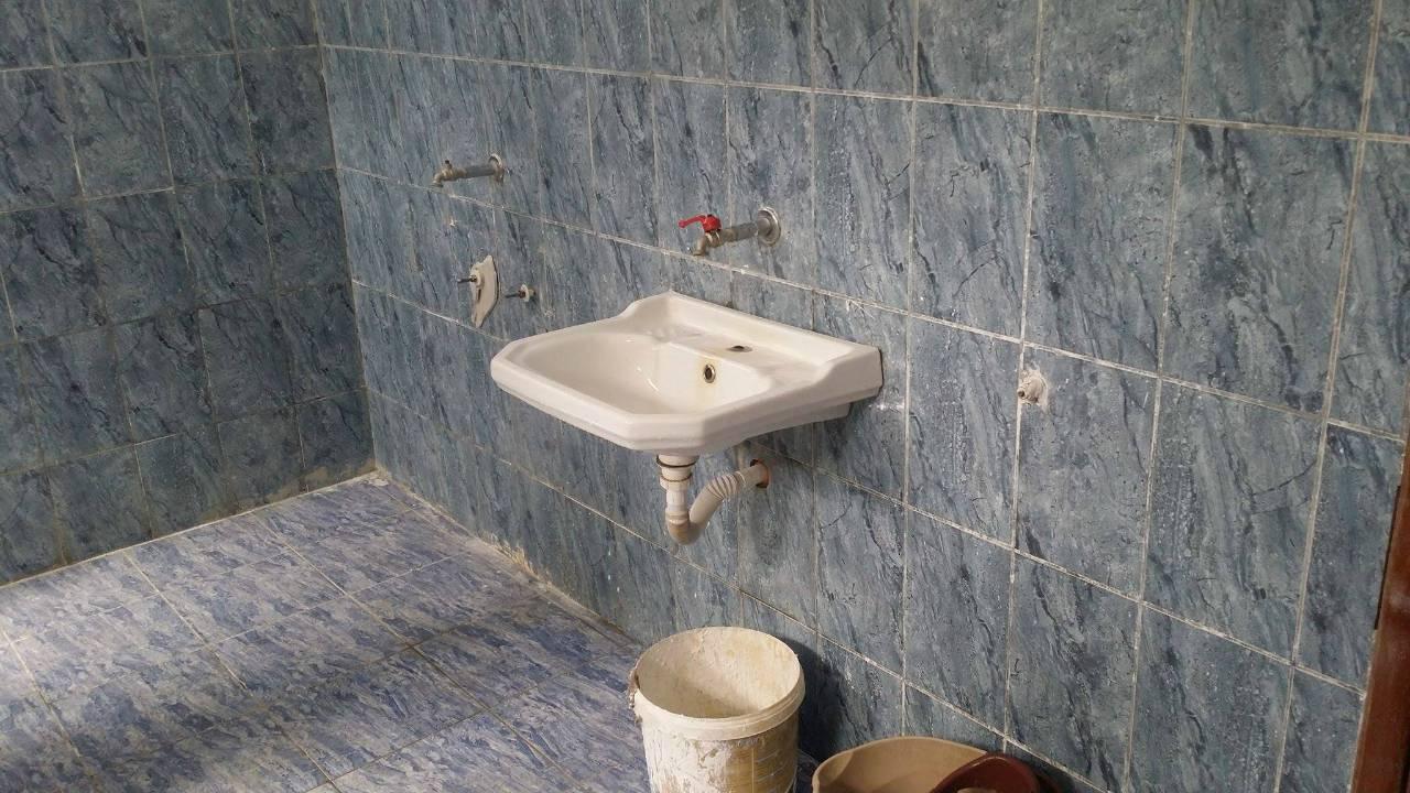 Shkolla 9-vjeçare Rubik Bathroom Project - Albania