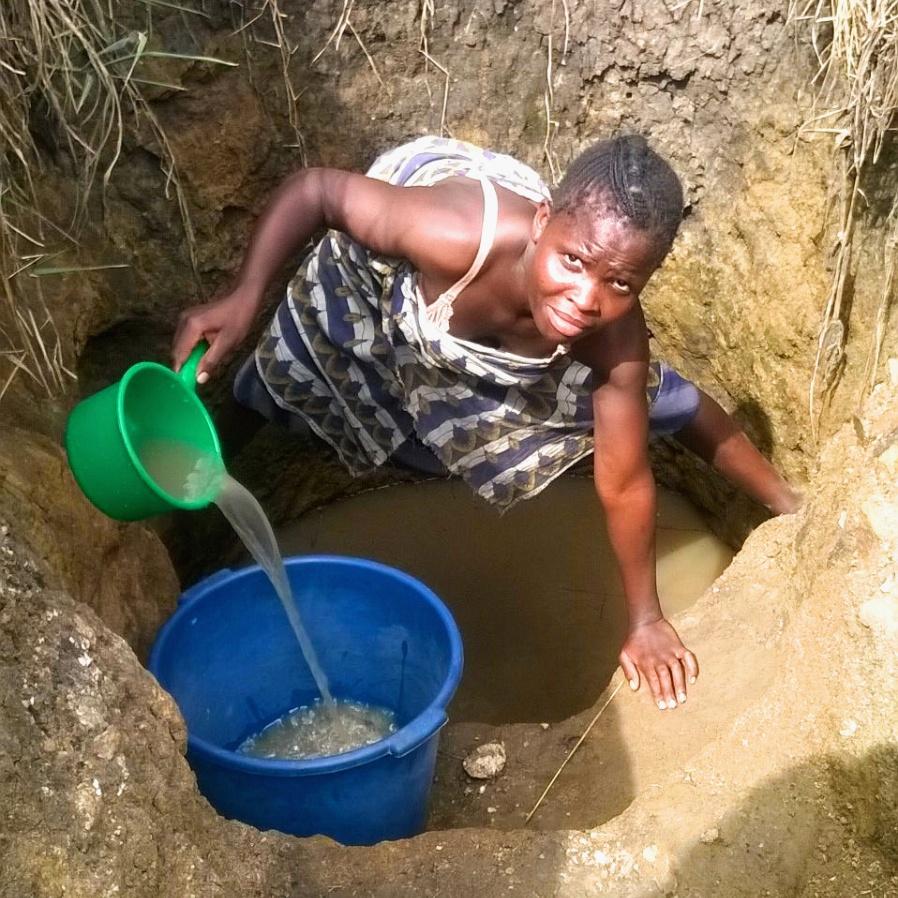 Mlenga Village Well BEFORE