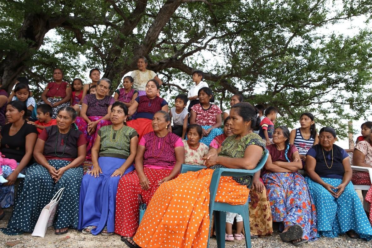 Women of San Mateo del Mar