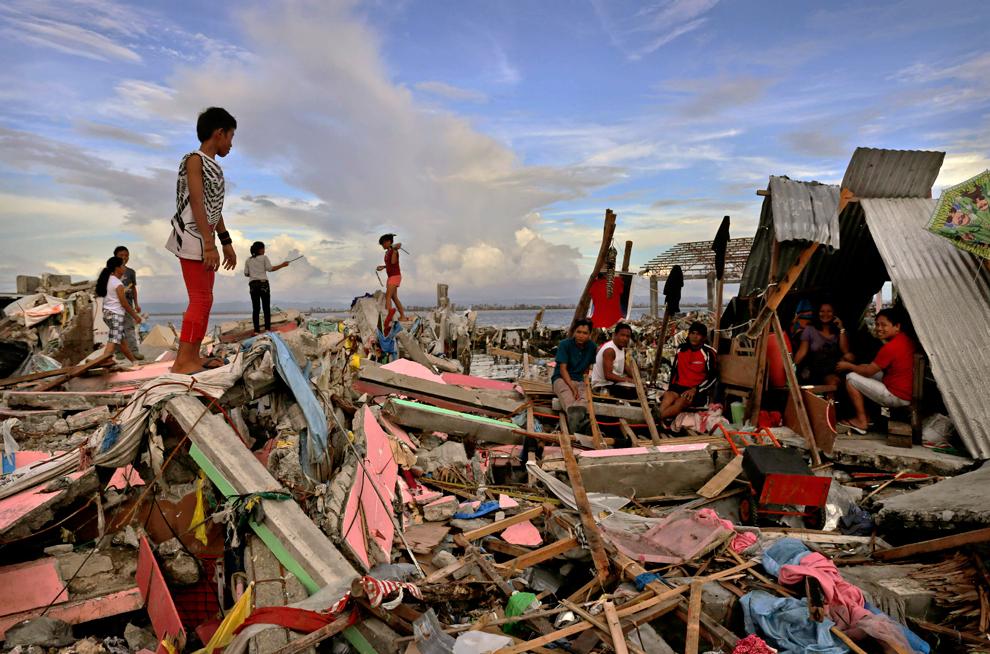 Super Typhoon Haiyan Emergency Water Relief - Philippines